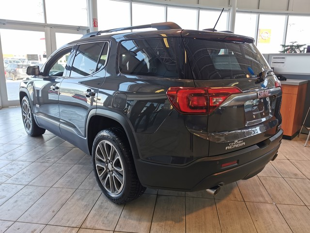 Pre-Owned 2017 GMC Acadia Local Trade | One Owner | SLT AWD