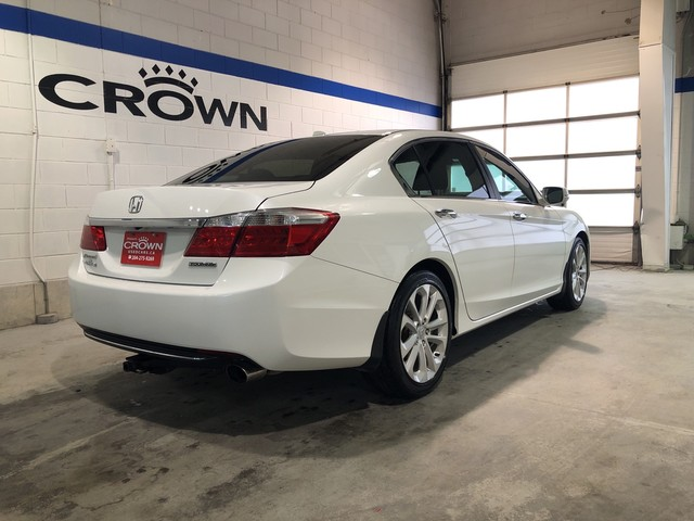 Pre-Owned 2014 Honda Accord Sedan 4dr I4 CVT Touring