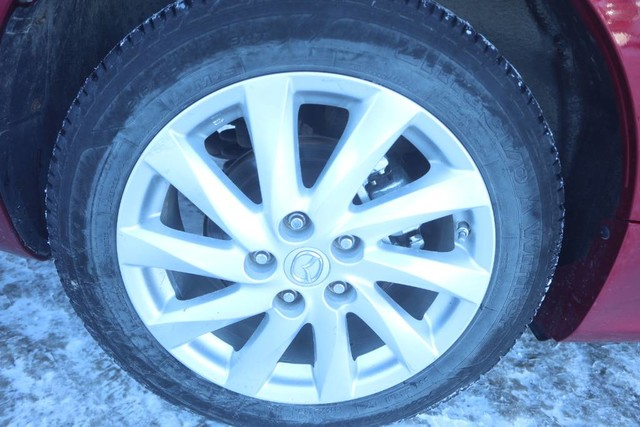 Pre-Owned 2013 Mazda6 GS **Two Sets of Tires With Rims**