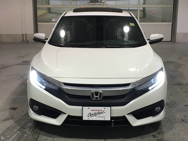 Certified Pre-Owned 2017 Honda Civic Coupe Touring/Certified/Navigation/Leather/Sunroof/Heated seats