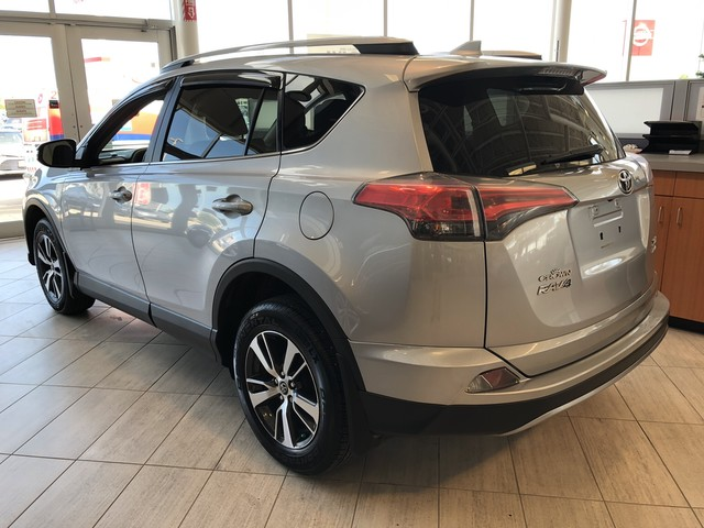 Certified Pre-Owned 2017 Toyota RAV4 Crown Original | Local Trade | AWD | XLE