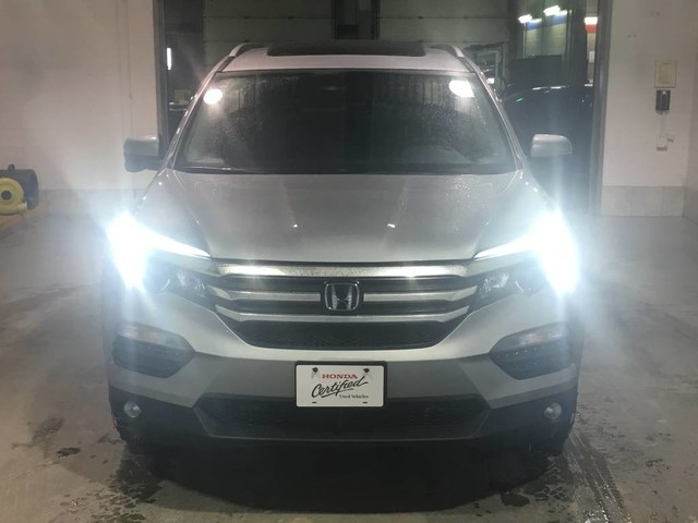 Pre-Owned 2018 Honda Pilot EX AWD/Sunroof/Heated seats/Bluetooth/8 passenger