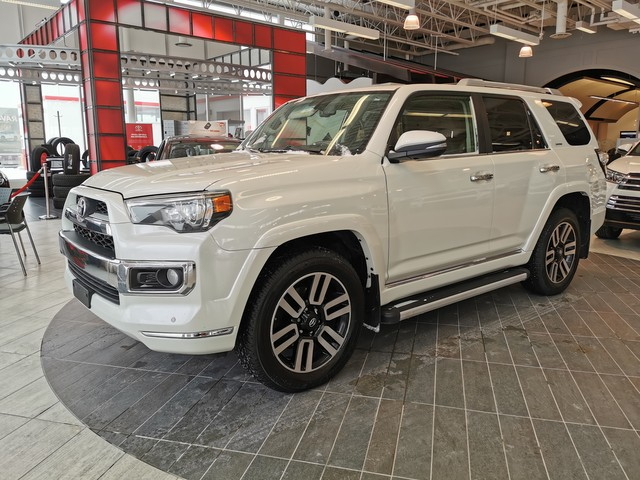 Certified Pre-Owned 2018 Toyota 4Runner Limited 7 Pass 4WD / Crown Original / Highway Kms / Accident Free / Lease Return